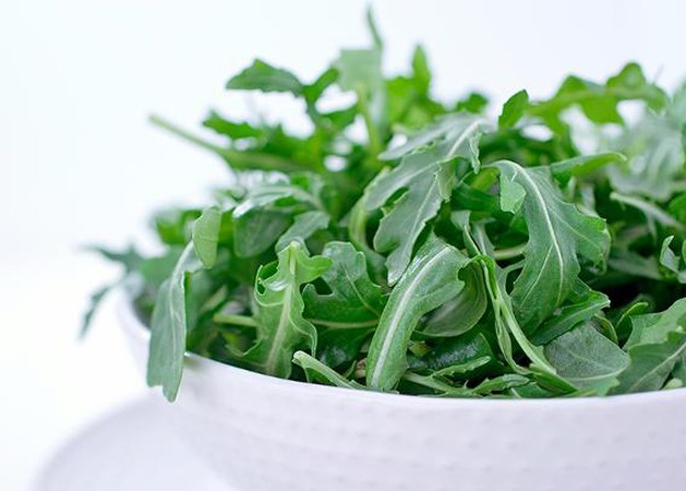 New Study: Regularly Eating Leafy Greens Takes 11 Years off Your Brain's Age!